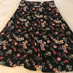 GAP A-line floral skirt.